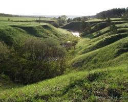 Долина небольшого ручья - правого притока р. Семилейка